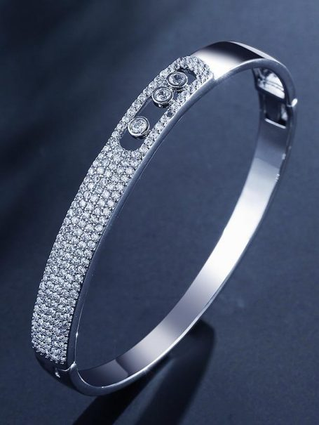 bracelets-luxury-fully-jewelled-bangle-in-white-gold-1