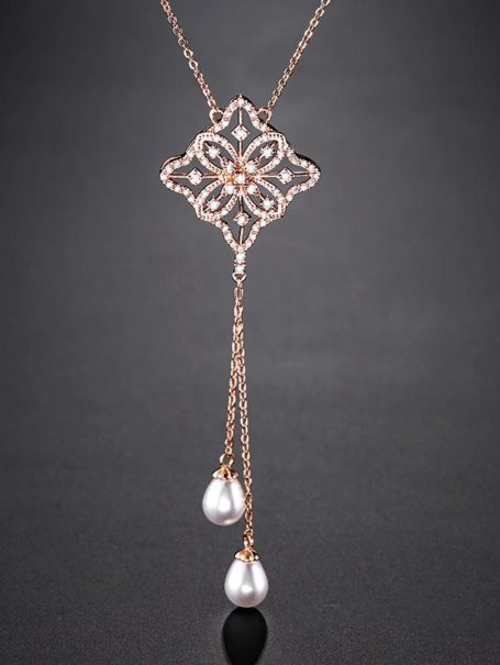 necklaces-openwork-crystal-rhombus-drop-pearl-necklace-in-rose-gold-1