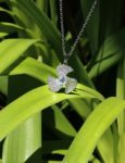 necklaces-crystal-fan-pendant-necklace-in-white-gold-3