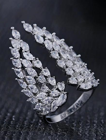 rings-crystal-mega-angel-wings-statement-open-ring-in-white-gold-1