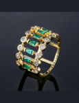 rings-paved-baguette-statement-ring-in-18k-gold-emerald-green-4